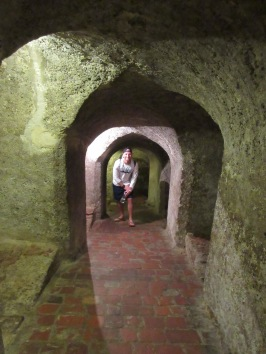 Tunnel-ing at El Castillo